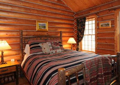 Queen Room in Yellowstone Cabin