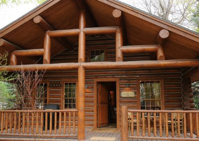 Yellowstone Cabin Oasis