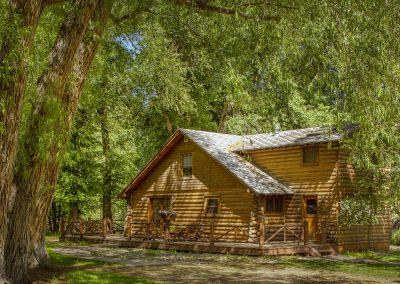 ennis homestead log cabin rental